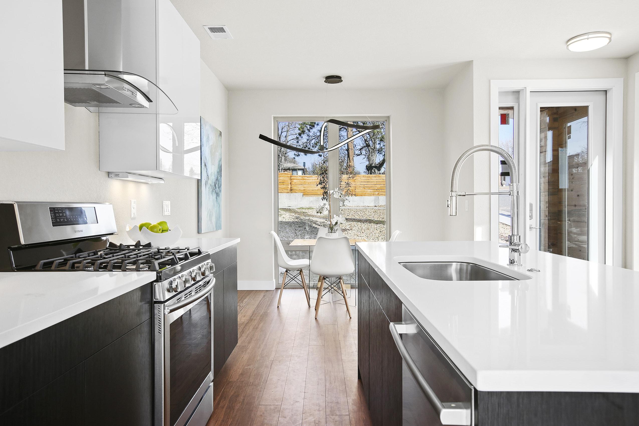 Kitchen 3-min